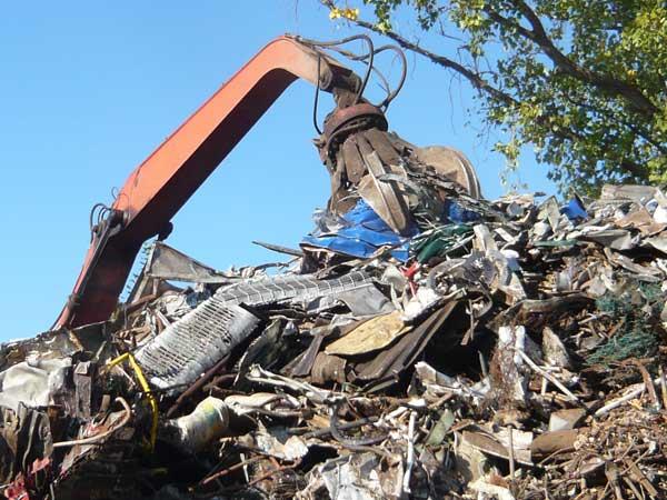 Riciclaggio-materiali-ferrosi-Parma