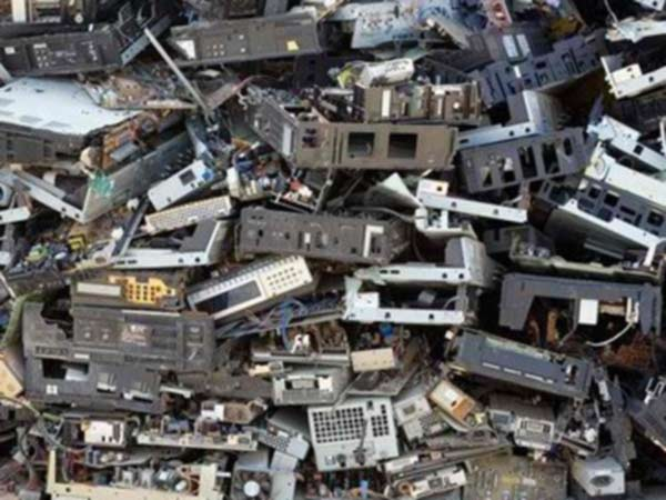 Stoccaggio-Normativa-rifiuti-edili-Piacenza