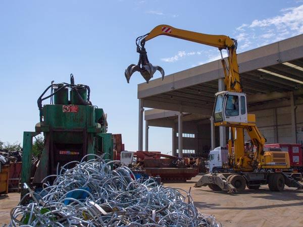 Recupero rottami ferrosi lodi pavia preventivo raccolta for Prezzo del ferro al kg oggi