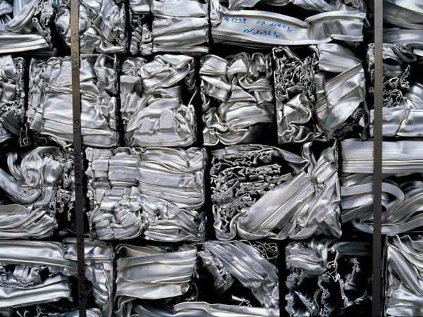 Recupero rottami ferrosi lodi pavia preventivo raccolta for Prezzo alluminio usato al kg 2016